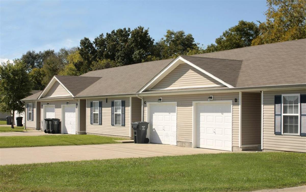 oakmont village apartments apartment in oak grove ky previous image next image