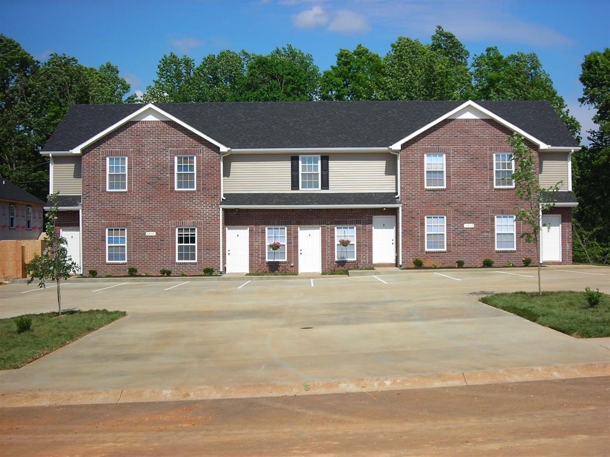 Quail Ridge Townhomes Apartment In Clarksville Tn
