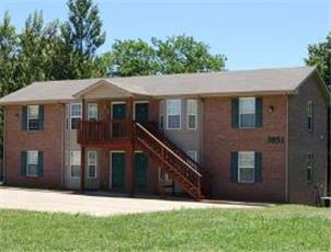 Blue Grass Meadows apartment in Clarksville, TN