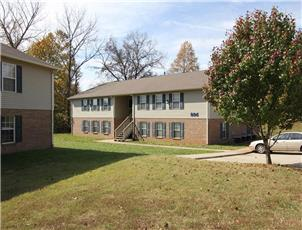 Cobblestone Furnished or Unfurnished apartment in Clarksville, TN