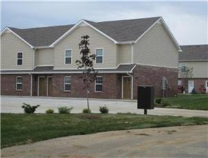 Professional Park Townhomes apartment in Clarksville, TN