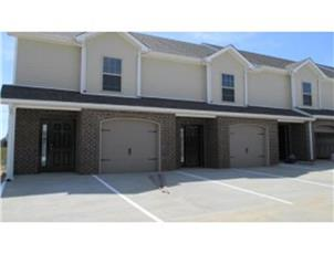 Stowe Court Townhomes apartment in Clarksville, TN