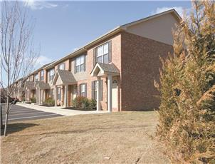 Trenton Village  apartment in Clarksville, TN